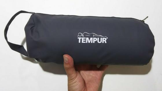 TEMPUR(テンピュール)の折り畳み枕