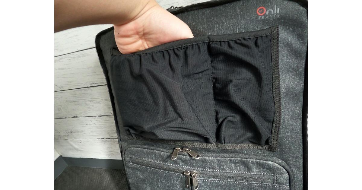 外側のポケットはあくまでのドッキング時のためと考えたほうが安全